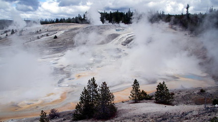 sopka Yellowstone Caldera,  Yellowstone National Park (USA)