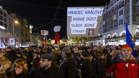 Demonstrace proti Babišovi
